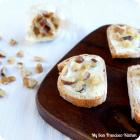 Roasted Garlic Crostini