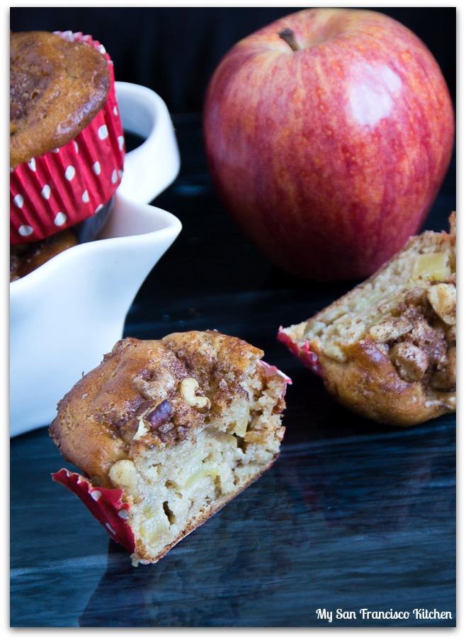 apple-muffins-side