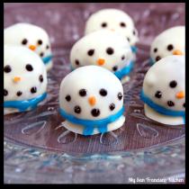 oreo snowman cookie ball