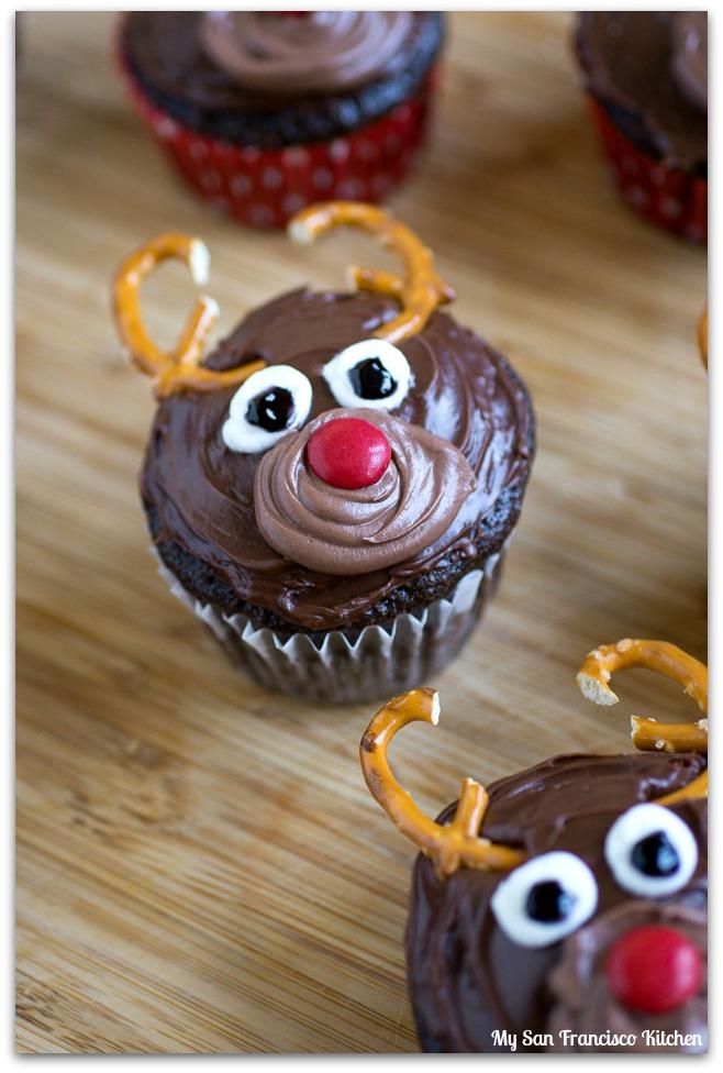 reindeer-cupcakes-5