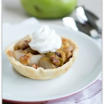 mini pear and walnut pies