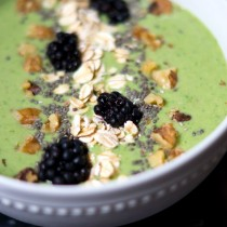 green-smoothie-bowl-uc